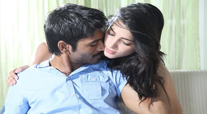 3 Moonu Movie Song Lyrics